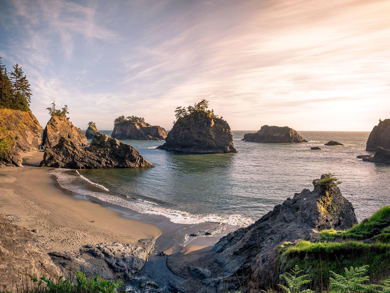 evening light, oregon coast, beach with sea stacks